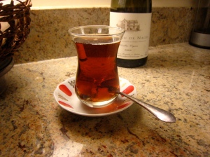 Iraqi-style tea